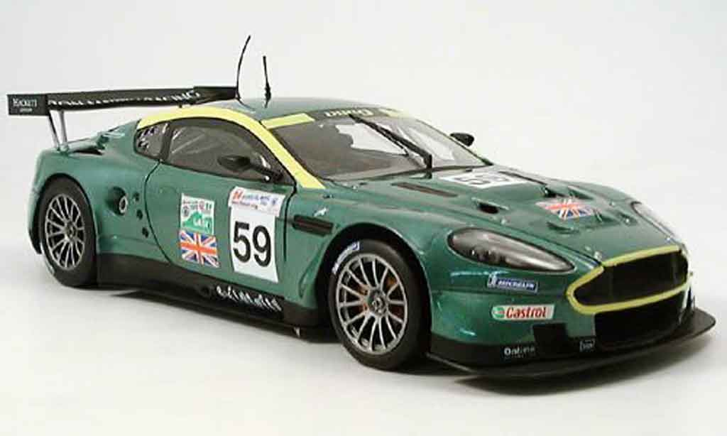 Miniature Aston Martin DBR9 no. 59  le mans 2005 Solido. Aston Martin DBR9 no. 59  le mans 2005 Le Mans miniature 1/18