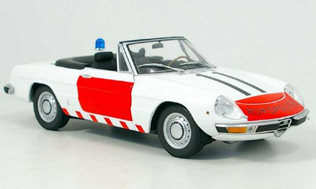Alfa Romeo Spider 1970 1/18 Minichamps police niederlande miniature