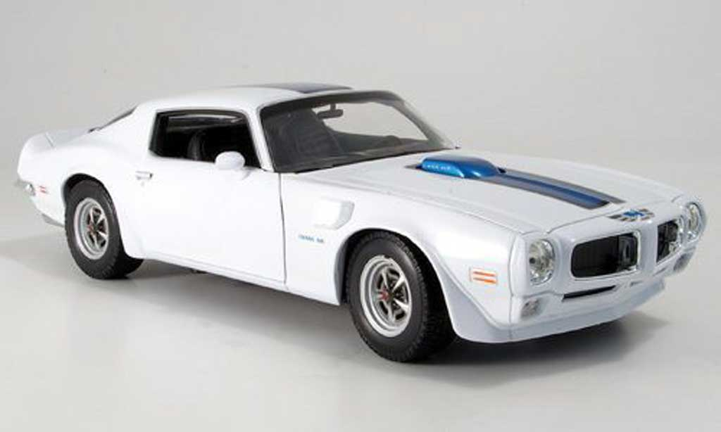 pontiac firebird 1972 trans am weiss bande blau welly modellauto 1 18 kaufen verkauf. Black Bedroom Furniture Sets. Home Design Ideas