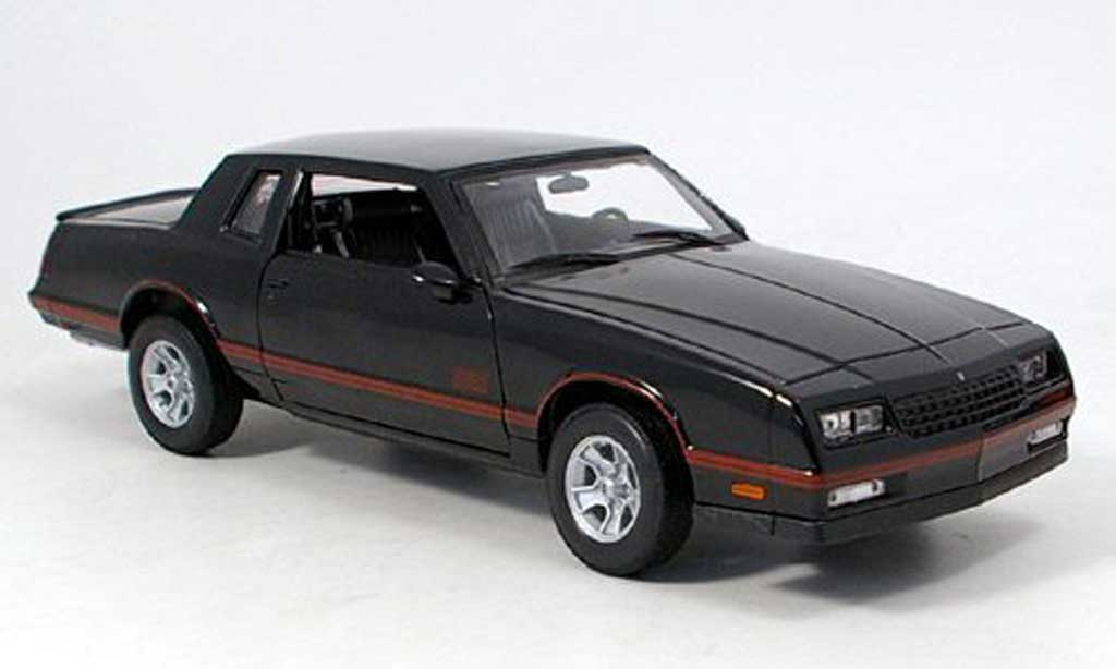 Chevrolet Monte Carlo 1/18 Welly ss noir 1987 diecast model cars