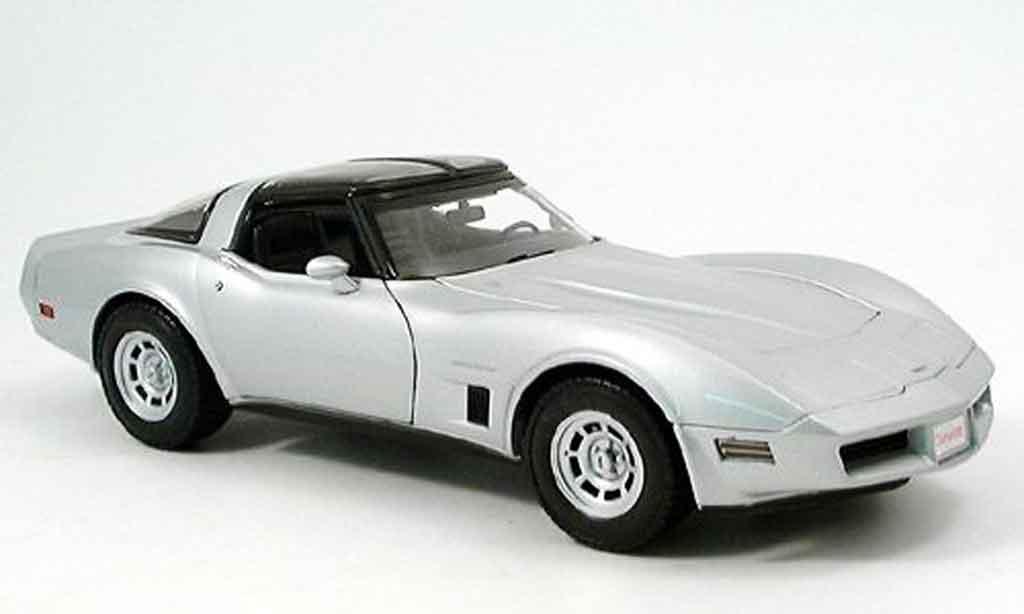 Chevrolet Corvette C3 1/18 Welly grey 1982 diecast model cars