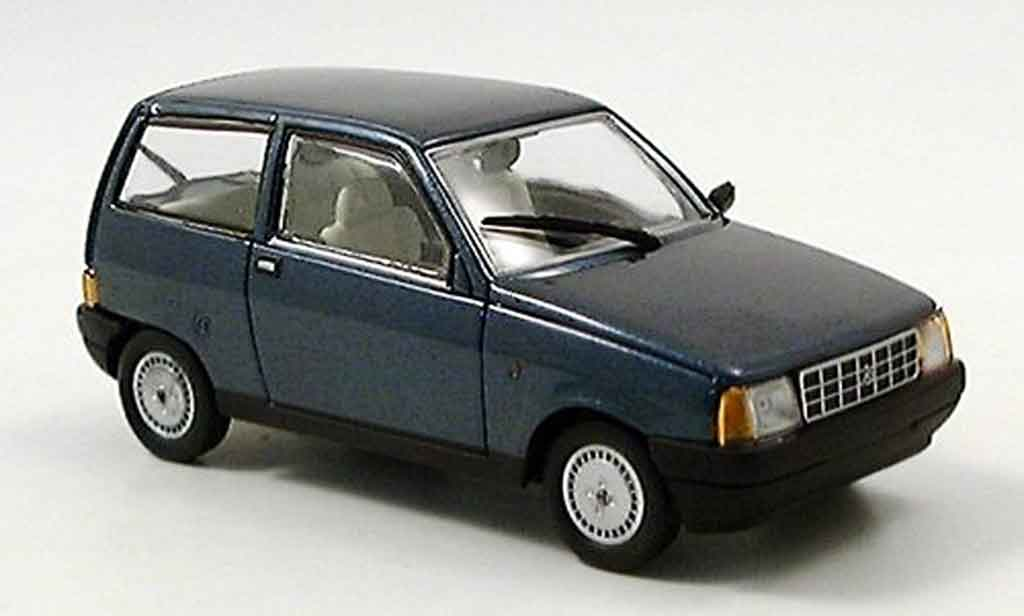 Autobianchi Y10 1/43 Starline bleu miniature