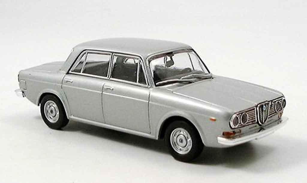 Lancia 2000 1/43 Starline berline grise miniature