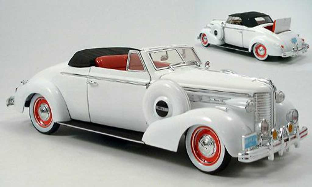 Buick 1938 1/18 Signature Convertible blanche miniature