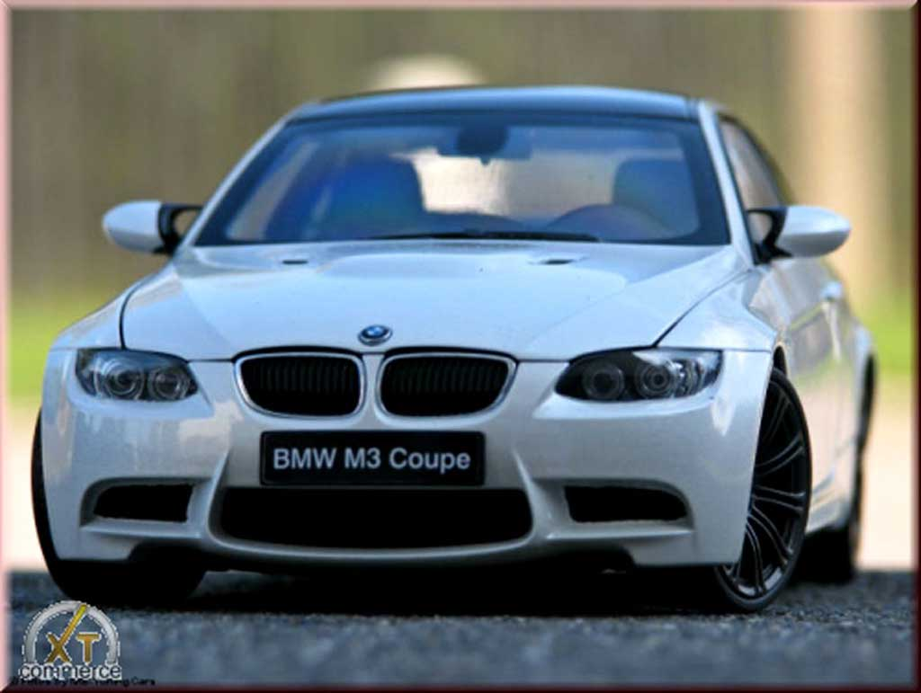 Bmw M3 E92 1/18 Kyosho white coupe jantes noir mat tuning diecast model cars