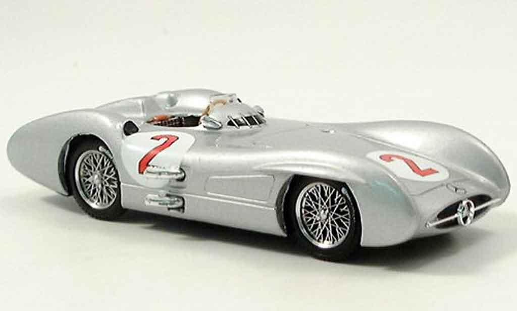 Mercedes W 196 1/43 Brumm C No.2 K.Kling GP Grossbritannien 1954 miniature