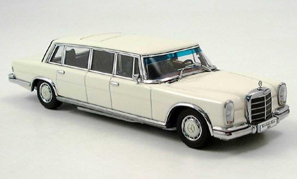 mercedes 600 w100 lwb wei autoart modellauto 1 43. Black Bedroom Furniture Sets. Home Design Ideas