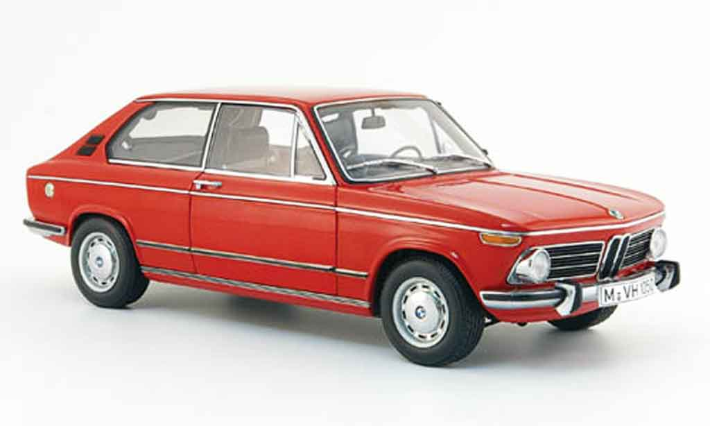 Bmw 2000 Touring 1/18 Autoart tii rouge 1972 miniature