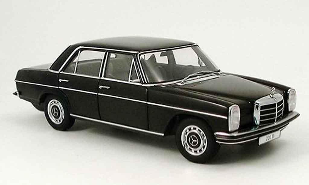 mercedes 220 miniature d strichachter limousine noire autoart 1 18 voiture. Black Bedroom Furniture Sets. Home Design Ideas