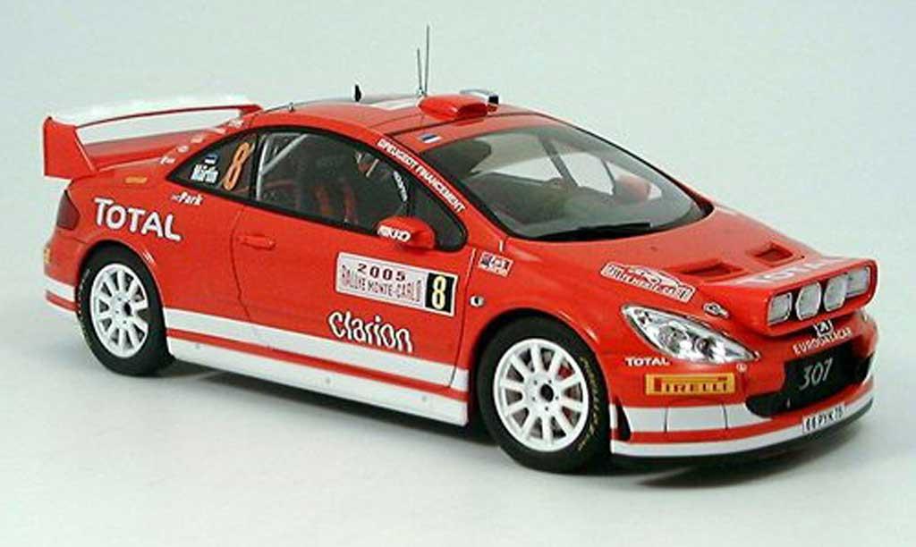 Peugeot 307 WRC 1/18 Autoart no.8 total rallye monte carlo 2005 miniature