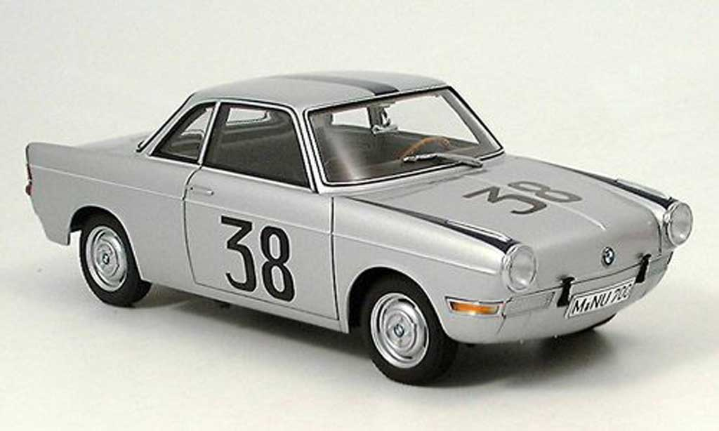 Bmw 700 1/18 Autoart Rennsport coupe no. 38 stuck hockenheim 1960 diecast model cars