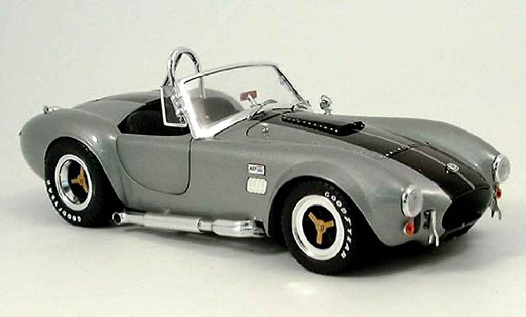 Shelby Ac Cobra 1/18 Shelby Collectibles 427 s c grise noire miniature