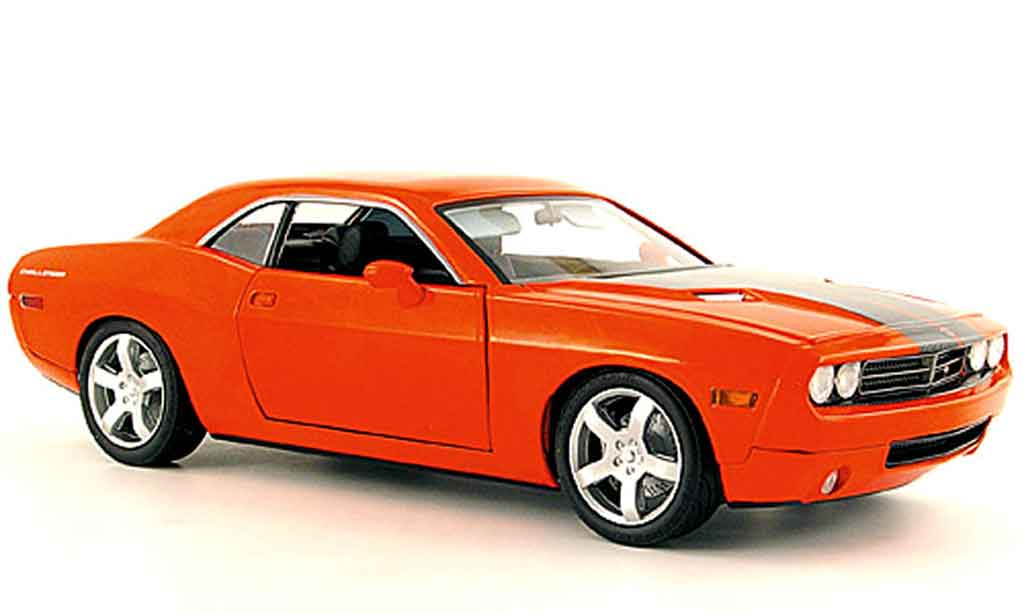Dodge Challenger Concept 1/18 Fairfield Mint car orange miniature