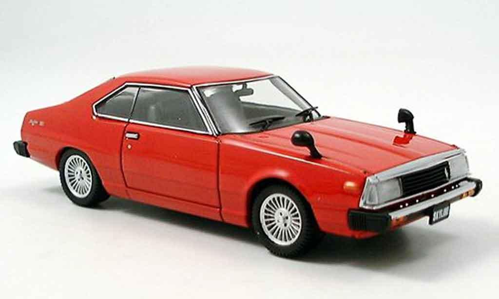 Nissan Skyline GT-EX 1/43 Ebbro rosso 1980 miniatura