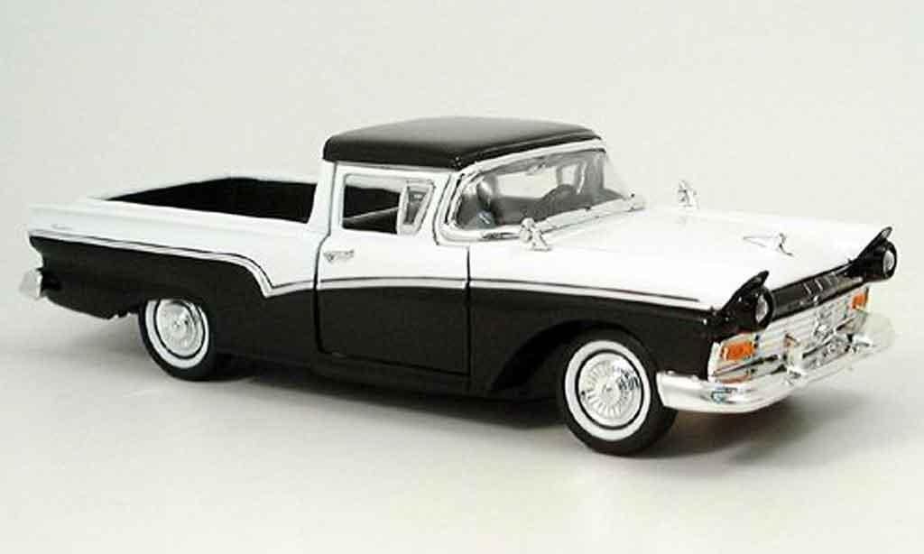 Ford Ranchero 1/18 Yat Ming noire/blanche 1957 miniature