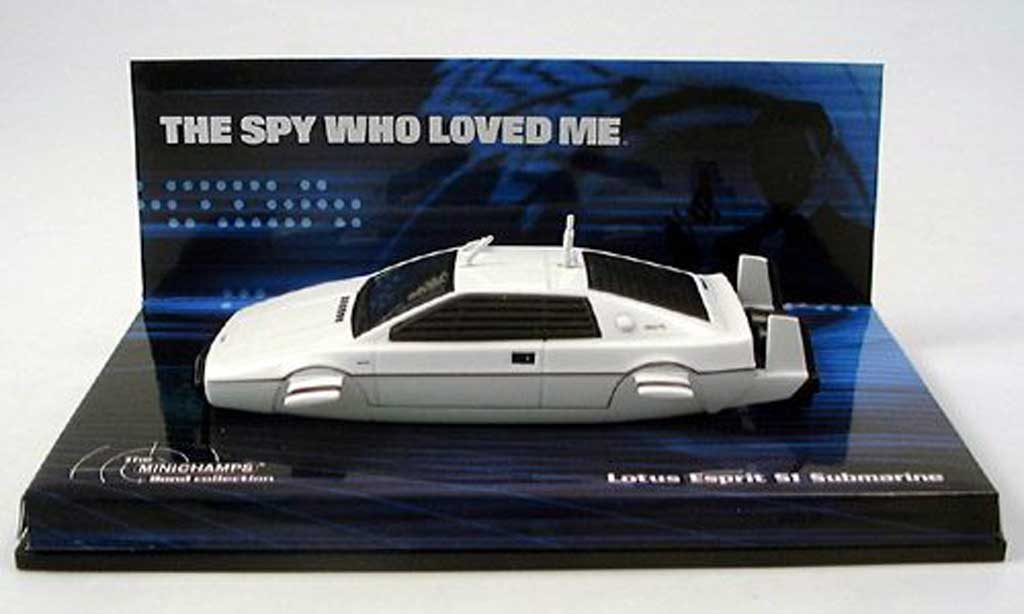 Lotus Esprit 1/43 Minichamps Submarine James Bond The Spy wo loved me miniature
