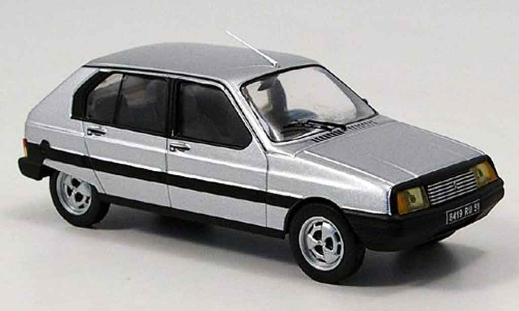 Citroen Visa 1/43 IXO club grise metallisee 1981 miniature