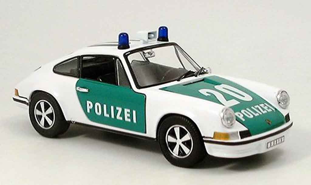 porsche 911 2 4 l polizei deutschland eagle modellauto 1. Black Bedroom Furniture Sets. Home Design Ideas