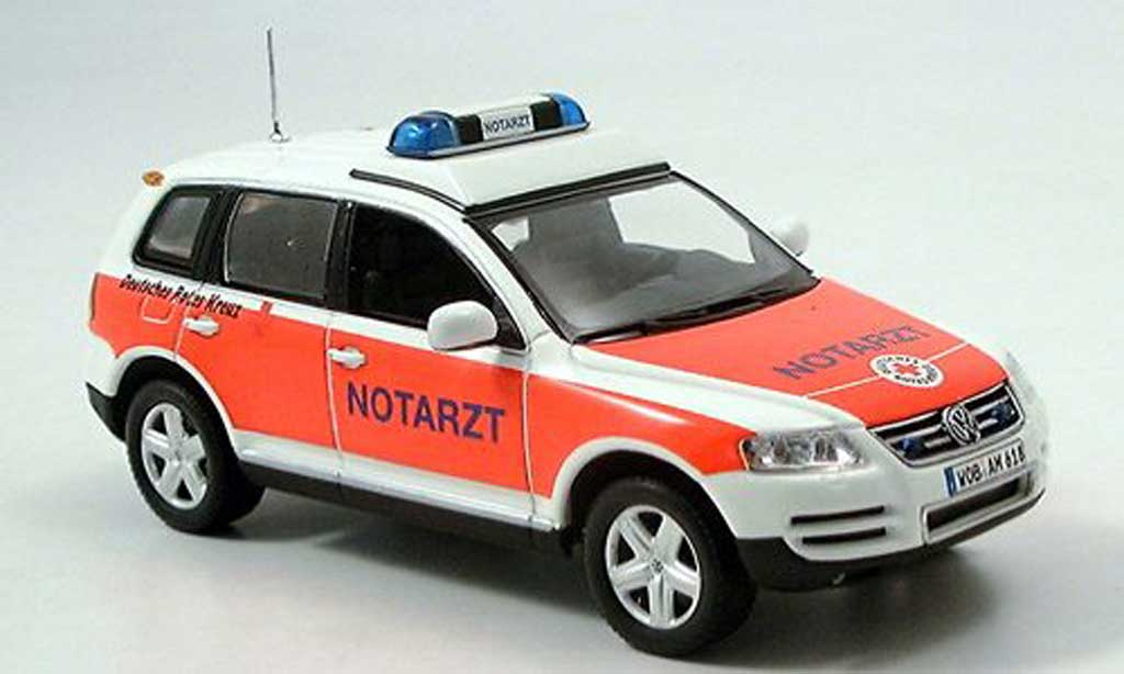 Volkswagen Touareg 1/43 Minichamps Touareg Notarzt 2002 miniature