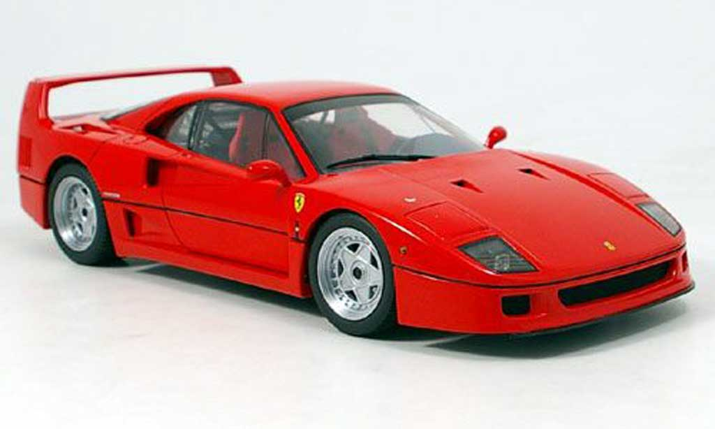 ferrari f40 miniature rouge kyosho 1 18 voiture. Black Bedroom Furniture Sets. Home Design Ideas