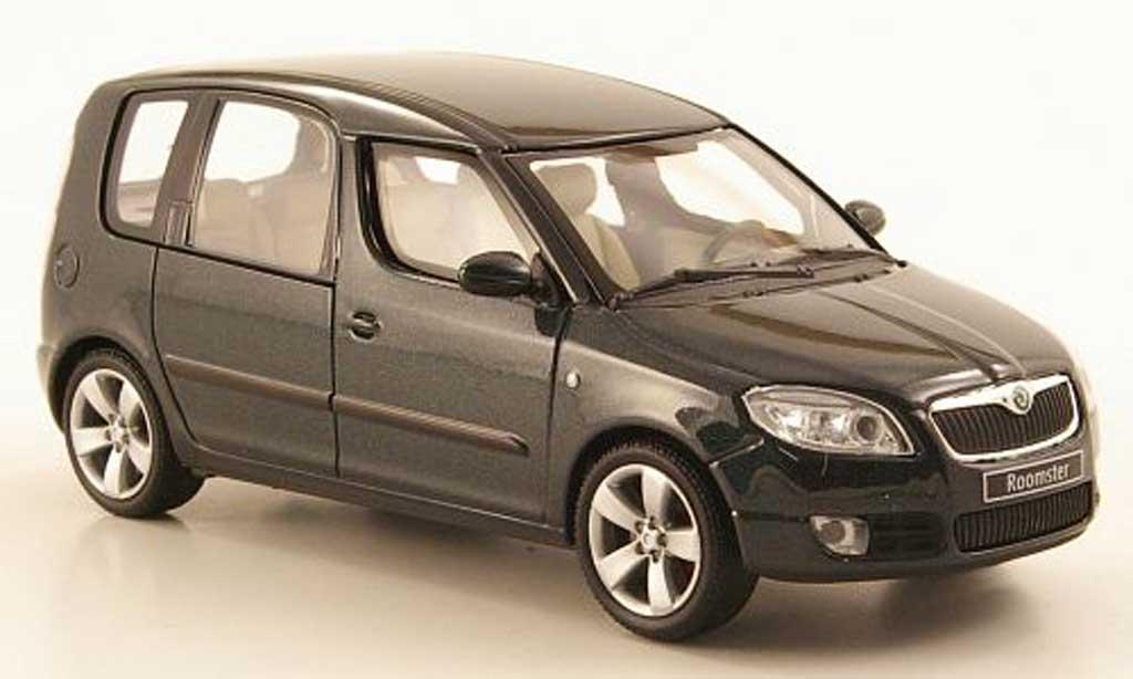 Skoda Roomster 1/43 Abrex grun 2006 miniature