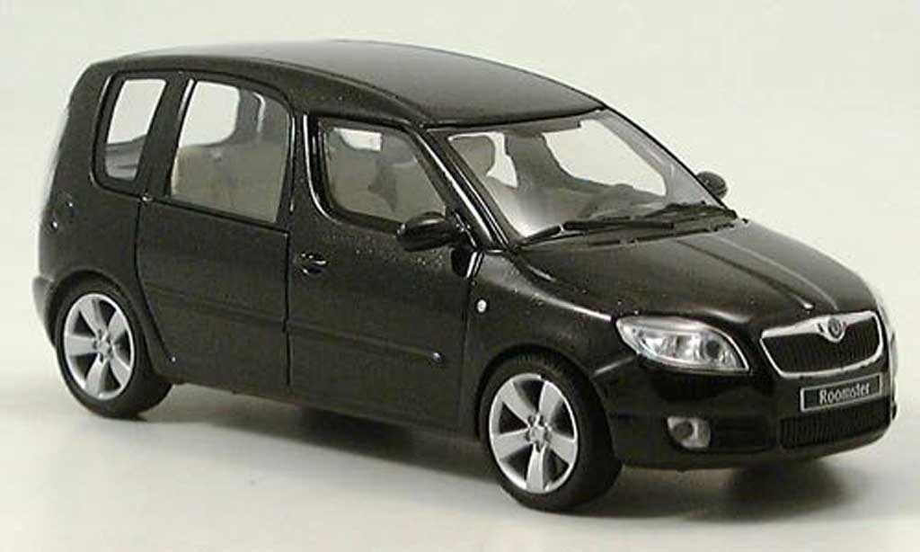 Skoda Roomster 1/43 Abrex noire 2006 miniature