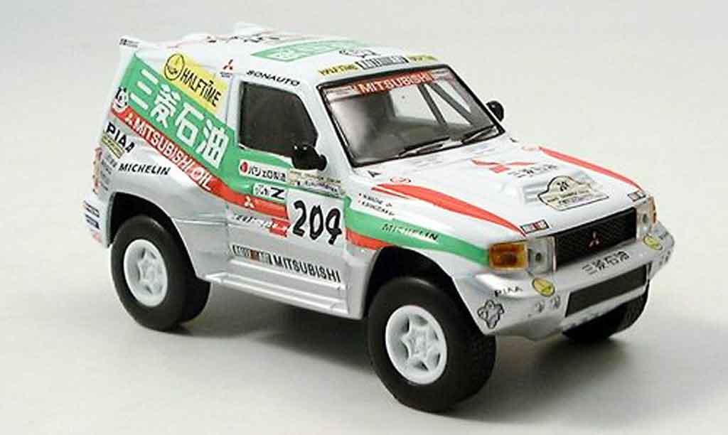 Modellautos Mitsubishi Pajero 1/18 Solido evolution no.203 ...