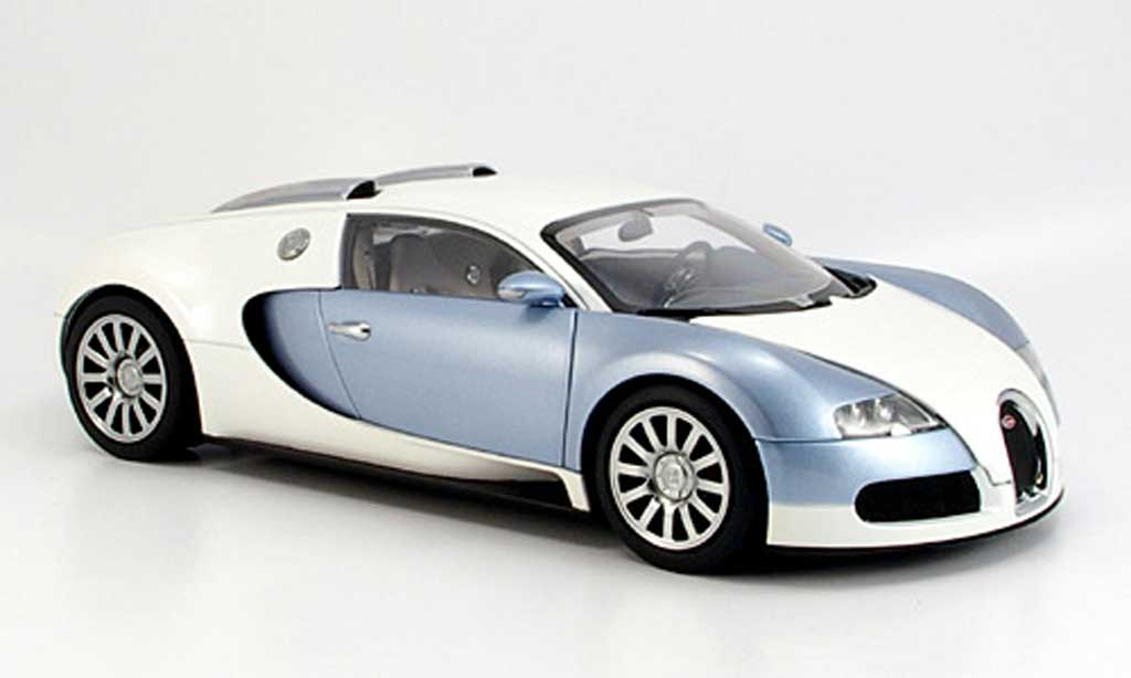 bugatti veyron 16 4 weiss blau autoart modellauto 1 18 kaufen verkauf modellauto online. Black Bedroom Furniture Sets. Home Design Ideas