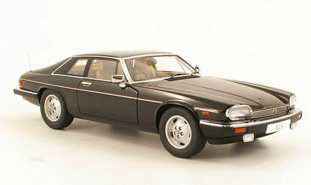 Jaguar XJS 1988 1/18 Autoart black RHD diecast model cars