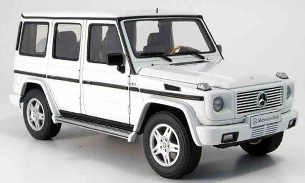 Mercedes Classe G 1/18 Autoart (lwb) white diecast model cars
