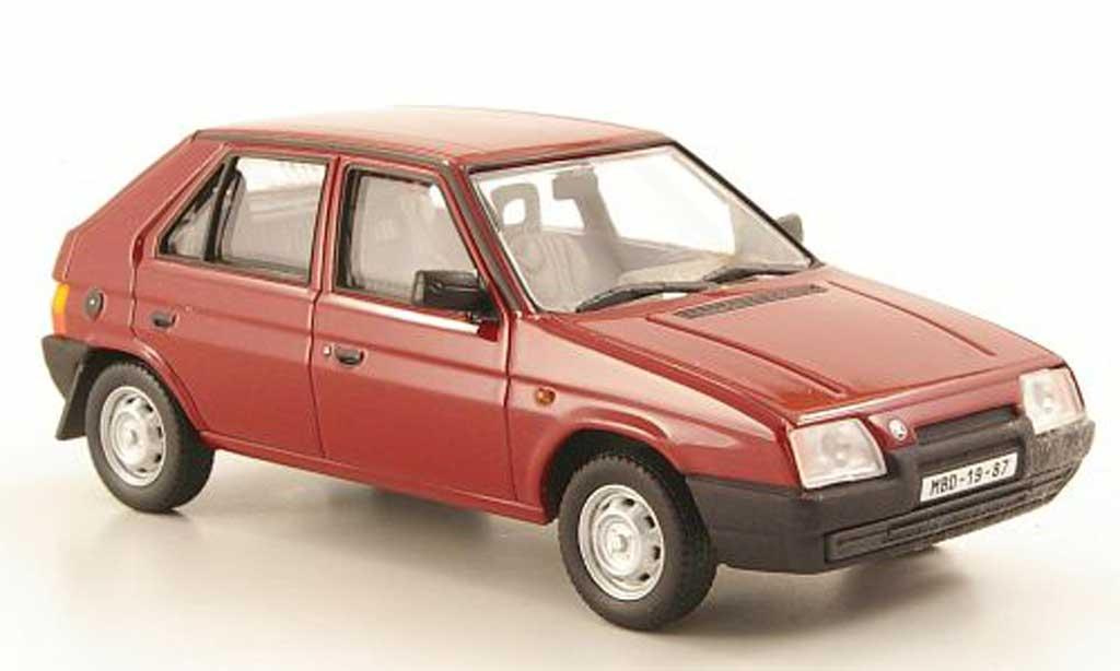 Skoda Favorit 1/43 Abrex 136L rouge 1987 miniature