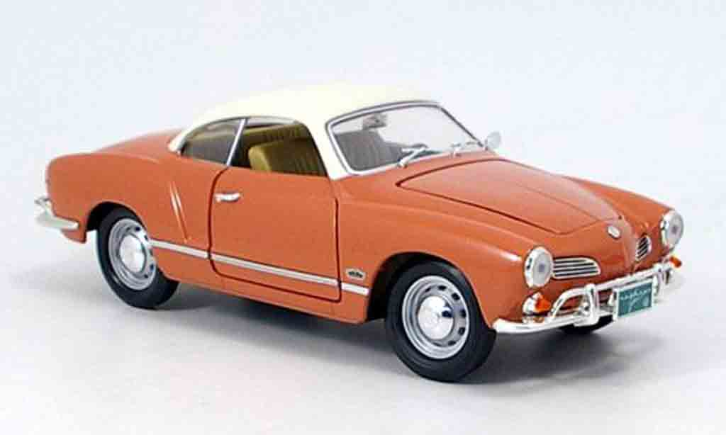 Volkswagen Karmann 1/18 Yat Ming ghia marron et blanc 1966 miniature