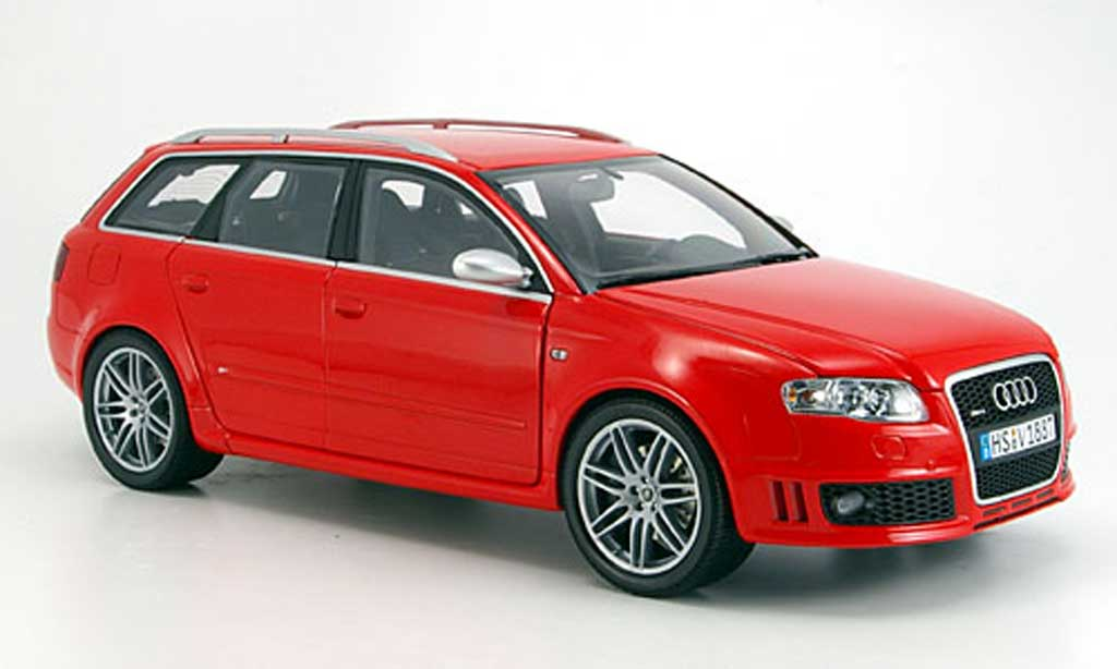 Audi RS4 1/18 Minichamps avant rouge 2006 miniature