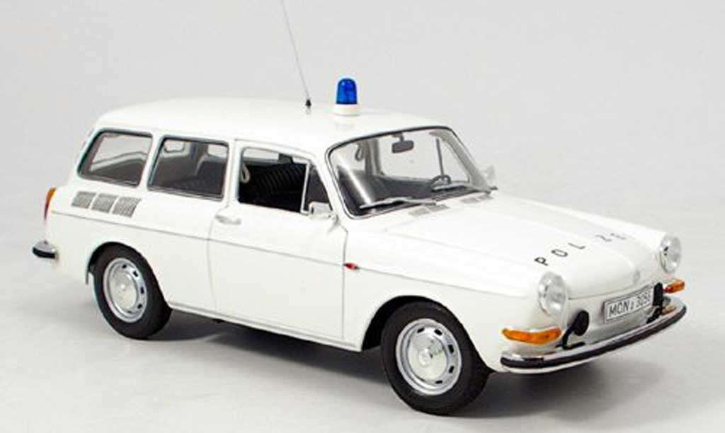 Volkswagen 1600 1/18 Minichamps l variant polizei 1972