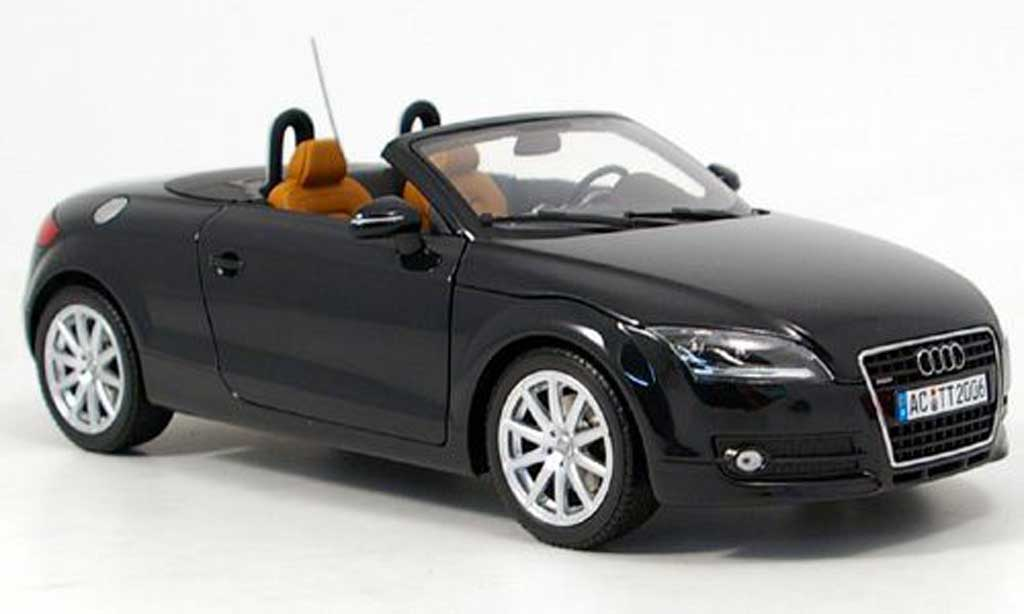 audi tt roadster schwarz 2006 minichamps modellauto 1 18. Black Bedroom Furniture Sets. Home Design Ideas