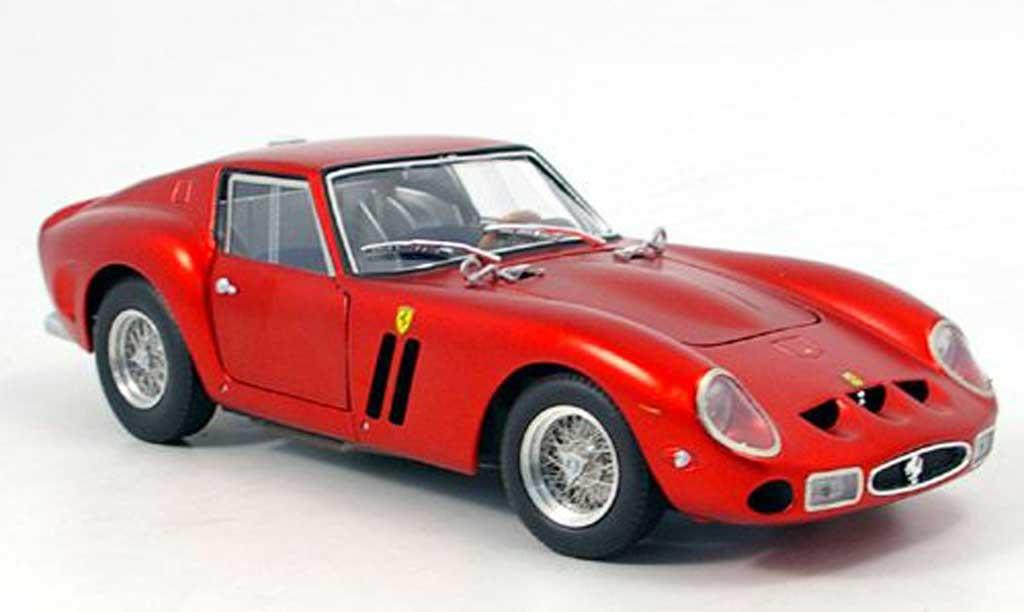Ferrari 250 GTO 1/18 Hot Wheels Elite serie elite  met. rouge 60th ferrari miniature
