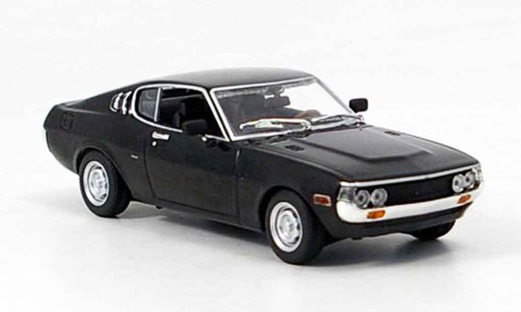 Toyota Celica 1/43 Minichamps fastback noire 1975 miniature