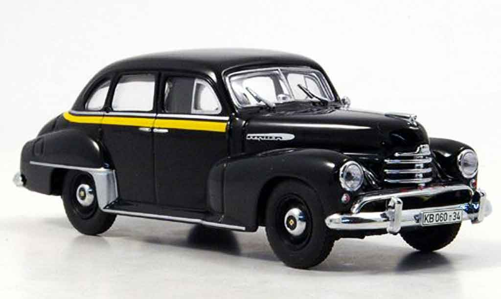 Opel Kapitan 1/43 Minichamps taxi 1951 miniature