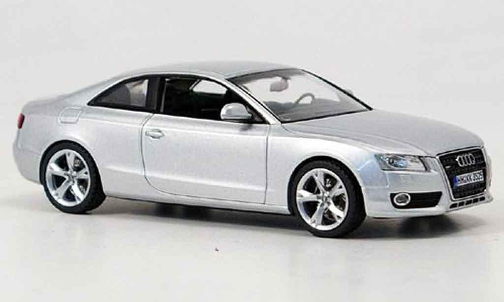 Audi A5 1/43 Schuco grise metallisee 2007 miniature