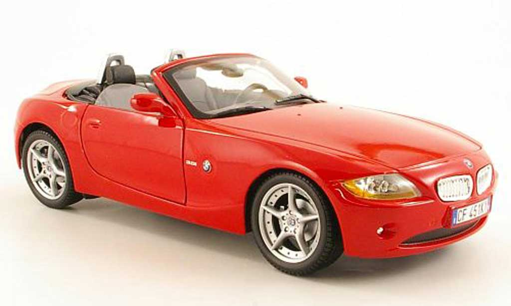Bmw Z4 E85 1/18 Burago Roadster rouge miniature