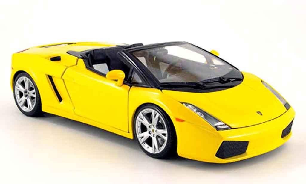Lamborghini Gallardo Spyder 1/18 Burago jaune miniature