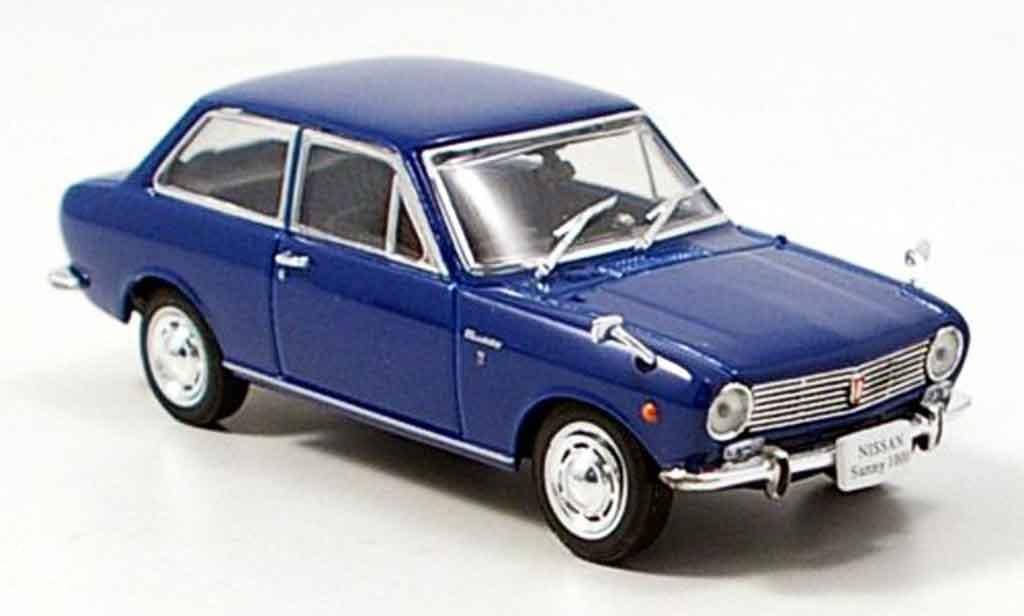 Nissan Sunny 1000 1/43 Norev bleu 1966 miniature