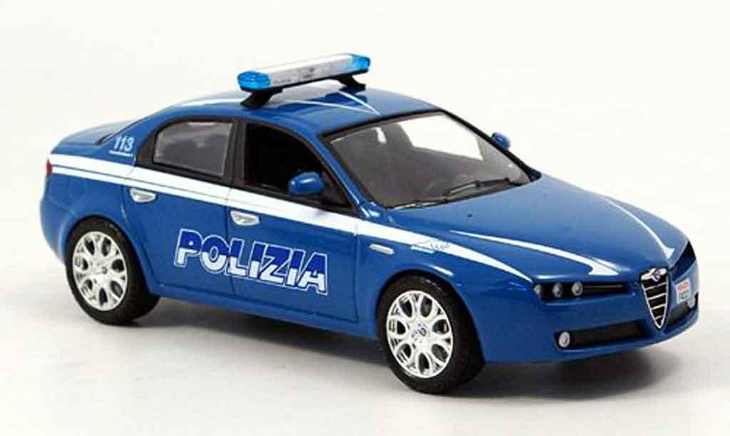 Alfa Romeo 159 1/43 Norev police police italien 2005 miniature