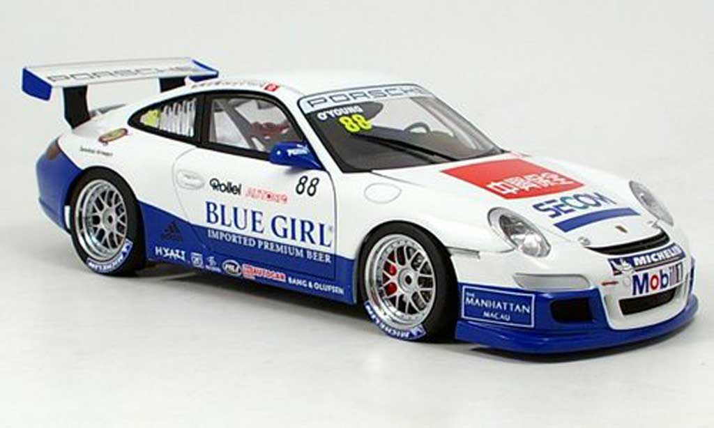 Porsche 997 GT3 CUP 1/18 Autoart GT3 Cup 2006 no.88 o young miniature