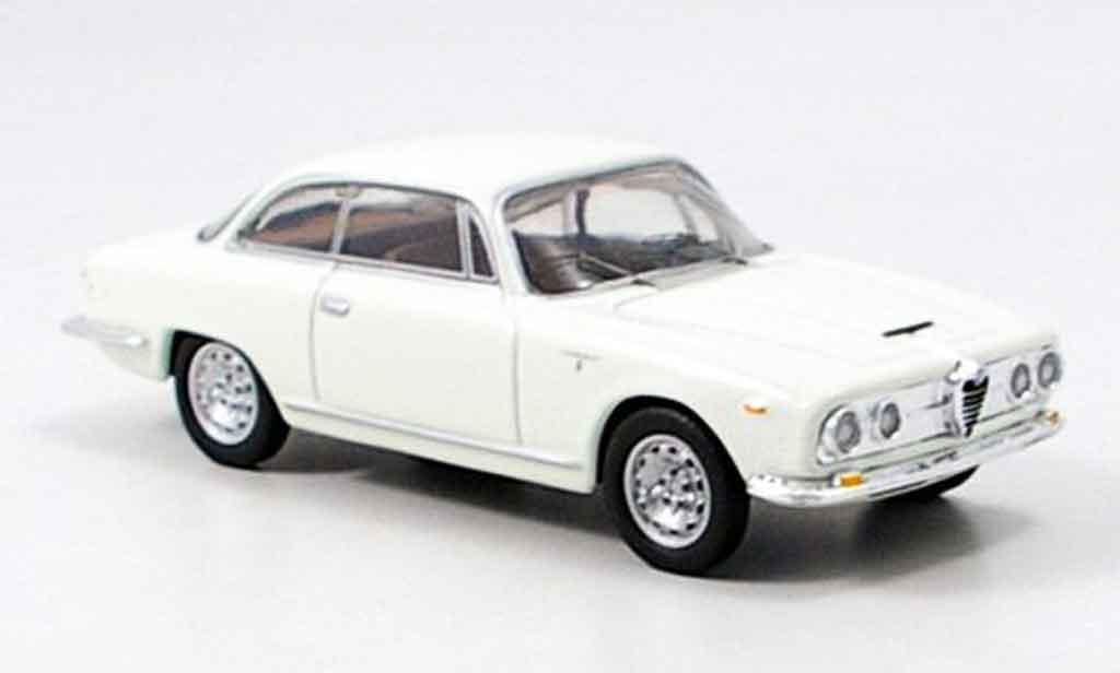 Alfa Romeo 2600 1/43 M4 sprint blanche 1962 miniature