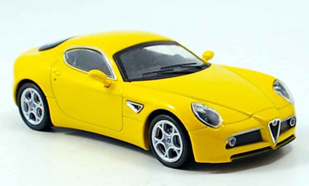 Alfa Romeo 8C Competizione 1/43 M4 yellow 2007