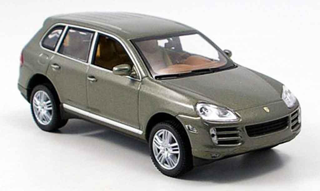 Porsche Cayenne S 1/43 Minichamps grun miniature