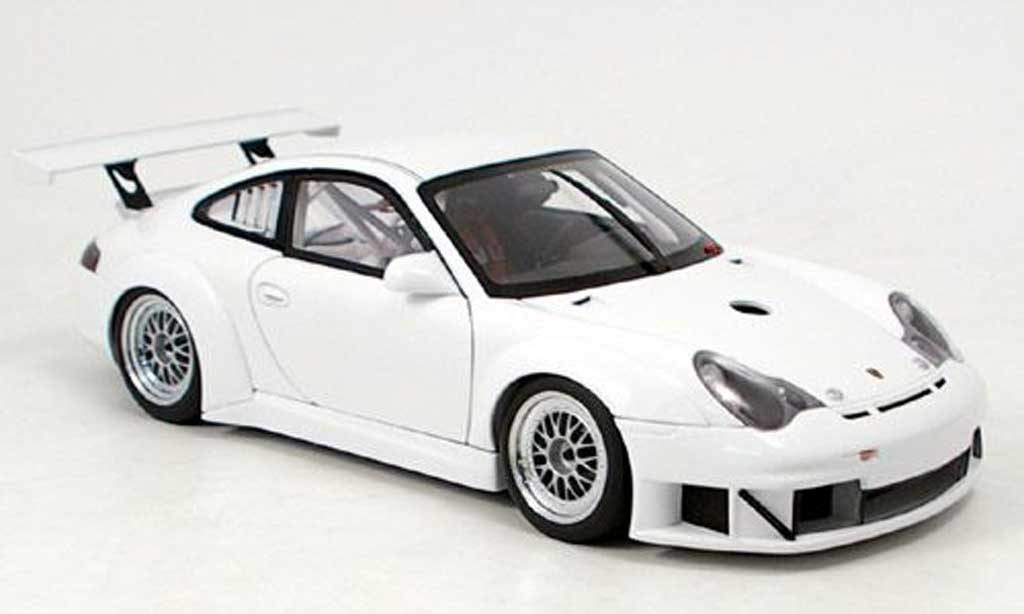 Porsche 996 GT3 RSR 1/18 Autoart plain body version miniature