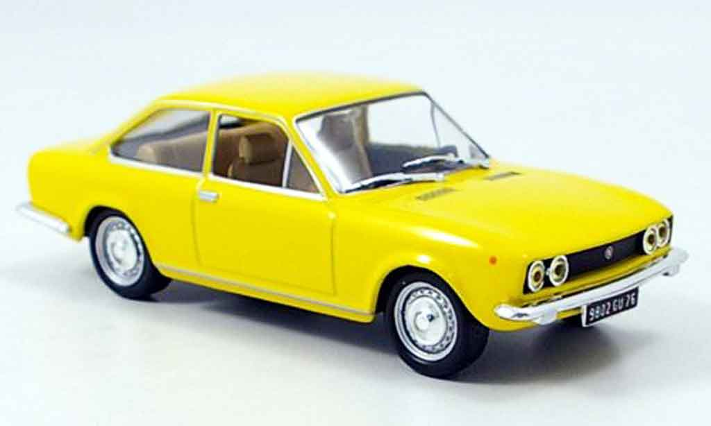 fiat 124 sport coupe 1971 mcw modellauto 1 43 kaufen verkauf modellauto online. Black Bedroom Furniture Sets. Home Design Ideas