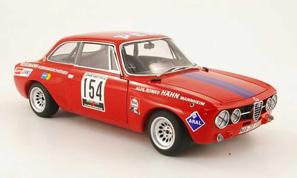 Alfa Romeo Giulia GT Am 1/18 Autoart no.154 betzler drm 1971 miniature